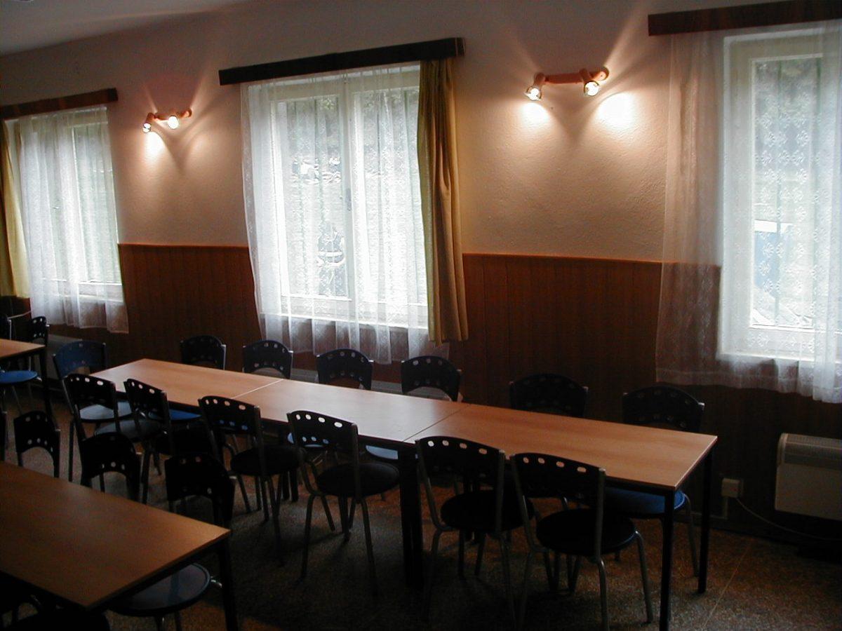 Areál Horní Bradlo, jídelna