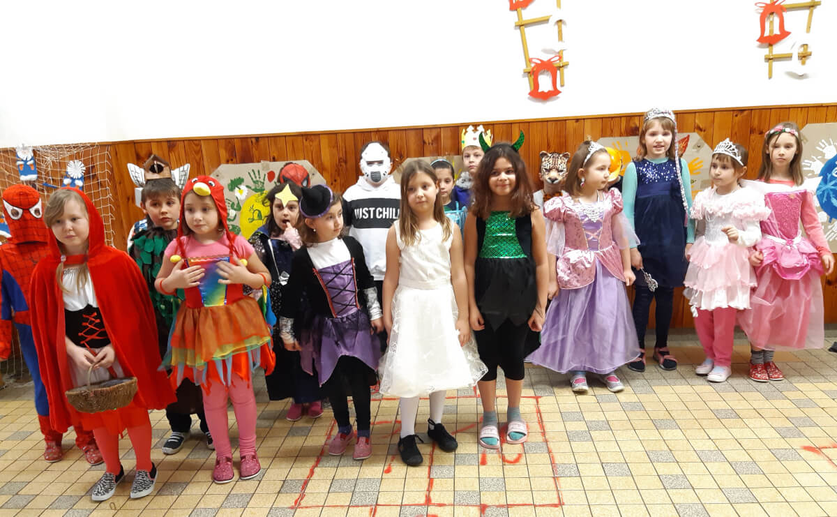 Družina - karneval, jedna z mnoha společných akcí